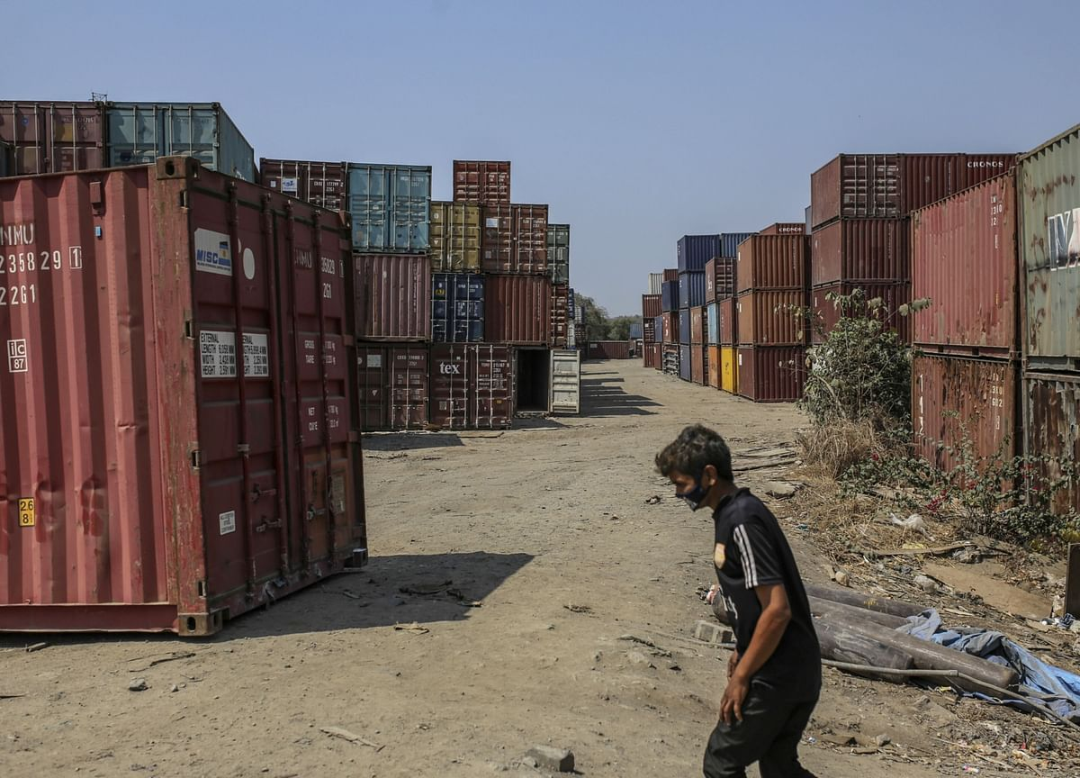 India Covid Crisis Hits Work at Ports as Risk to Trade Grows