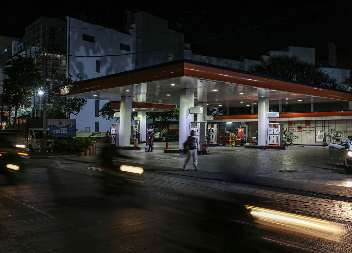 Oil Demand Recovery in Virus-Ravaged India Tough to Predict