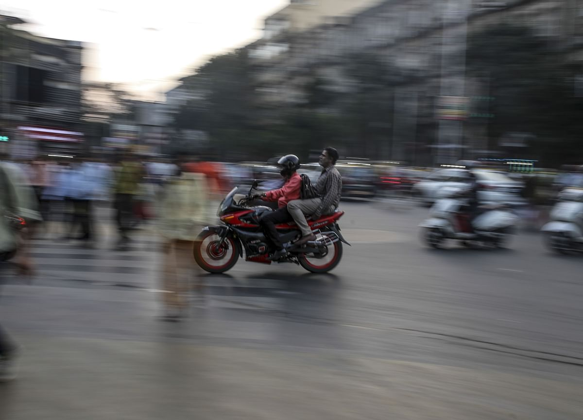 India's Panicked Two-Wheeler Dealers Send An SOS