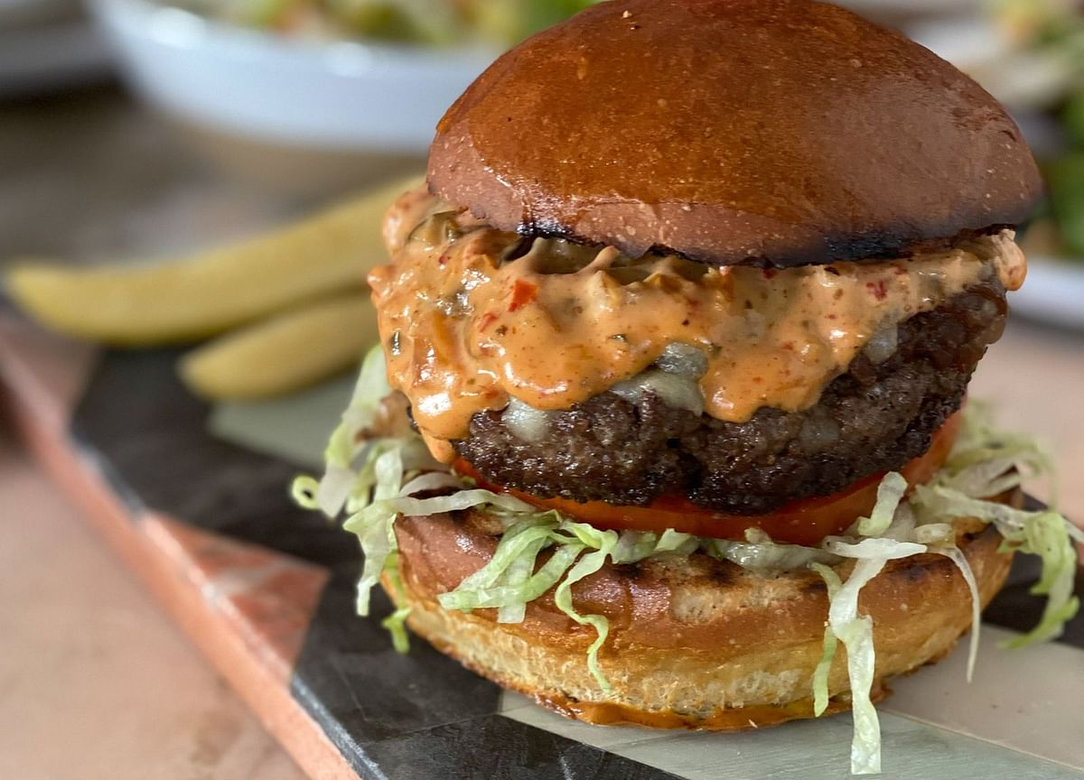 The Secret of the Summer's Best Cheeseburger Comes Down to Size