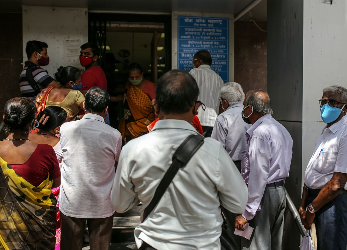 PSU Bankers Speak Of Soaring Covid Infections Among Staffers In Meet With RBI