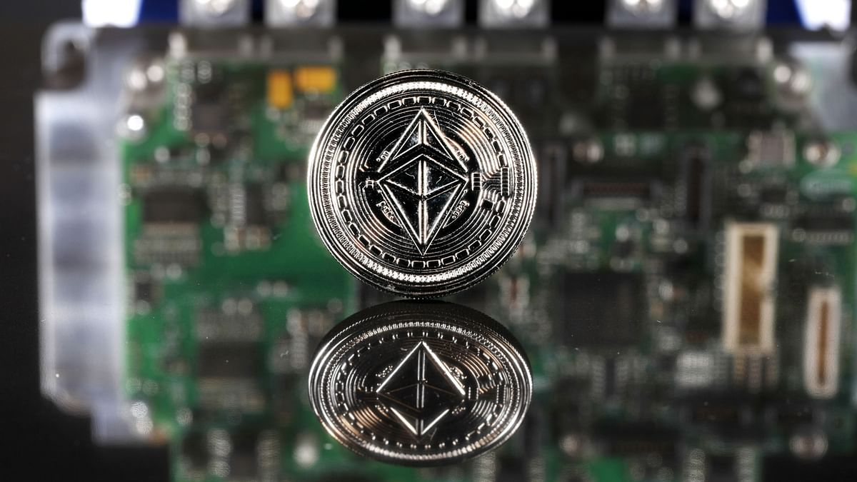 Ether Hits $3,000 As Bitcoin's Crypto Dominance Declines