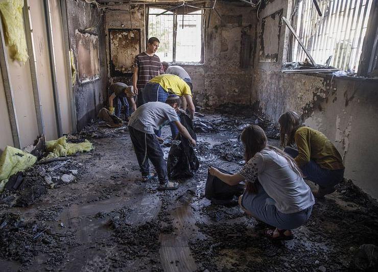 Israel, Hamas Clash Fuels Communal Fighting on City Streets