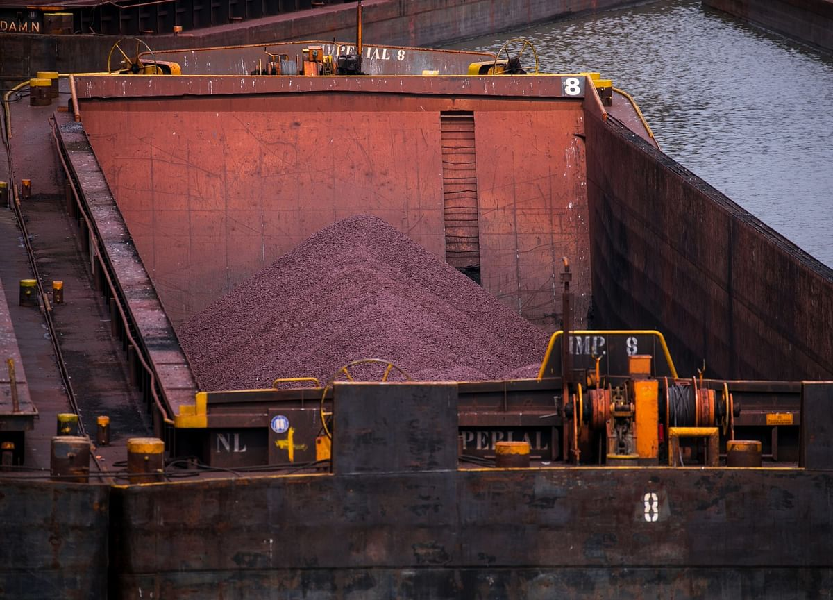 Iron Ore Extends Gains Amid Steel Optimism, Dwindling Stockpiles