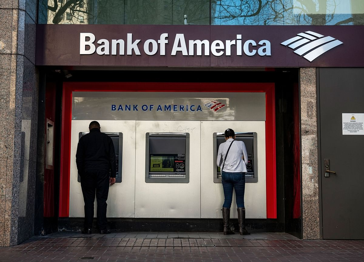Bank of America to Raise Minimum Wage to $25 Per Hour in Race for Talent