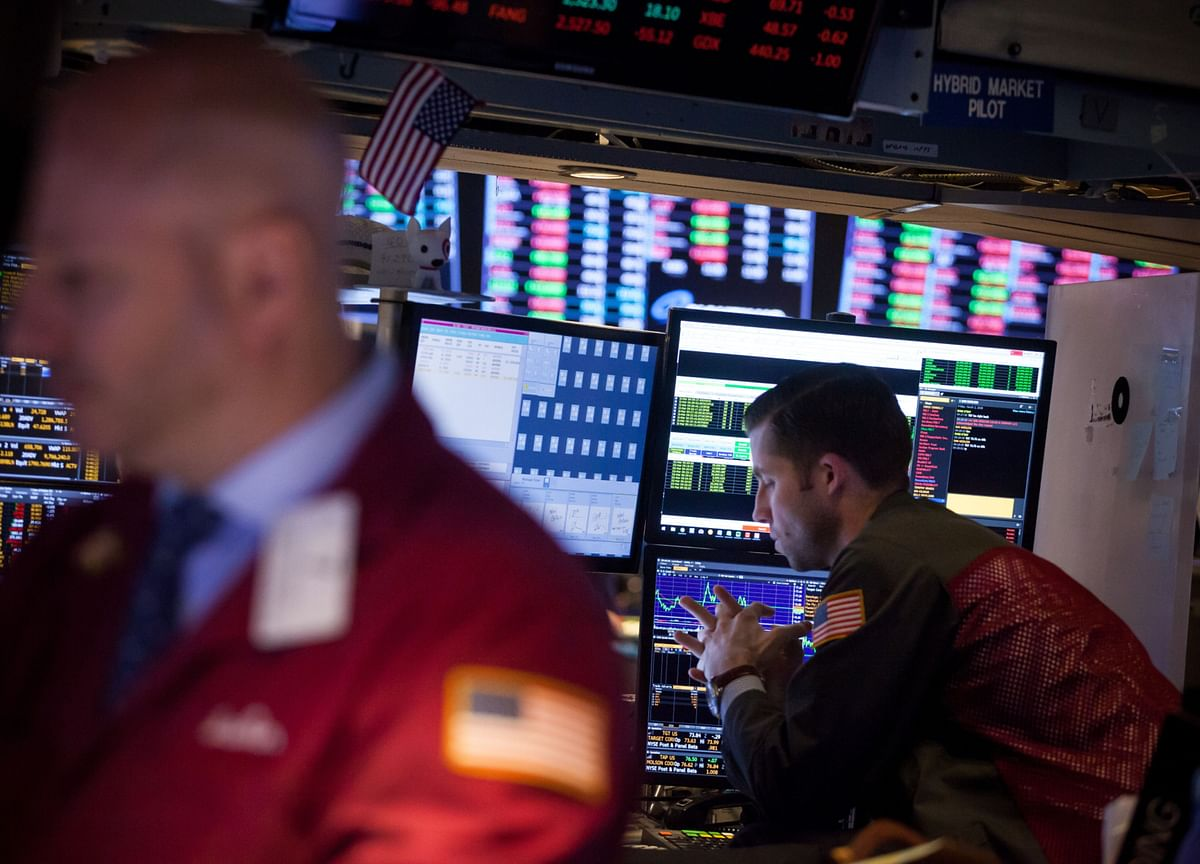 Stocks Slide for Second Day; Treasury Yields Rise: Markets Wrap