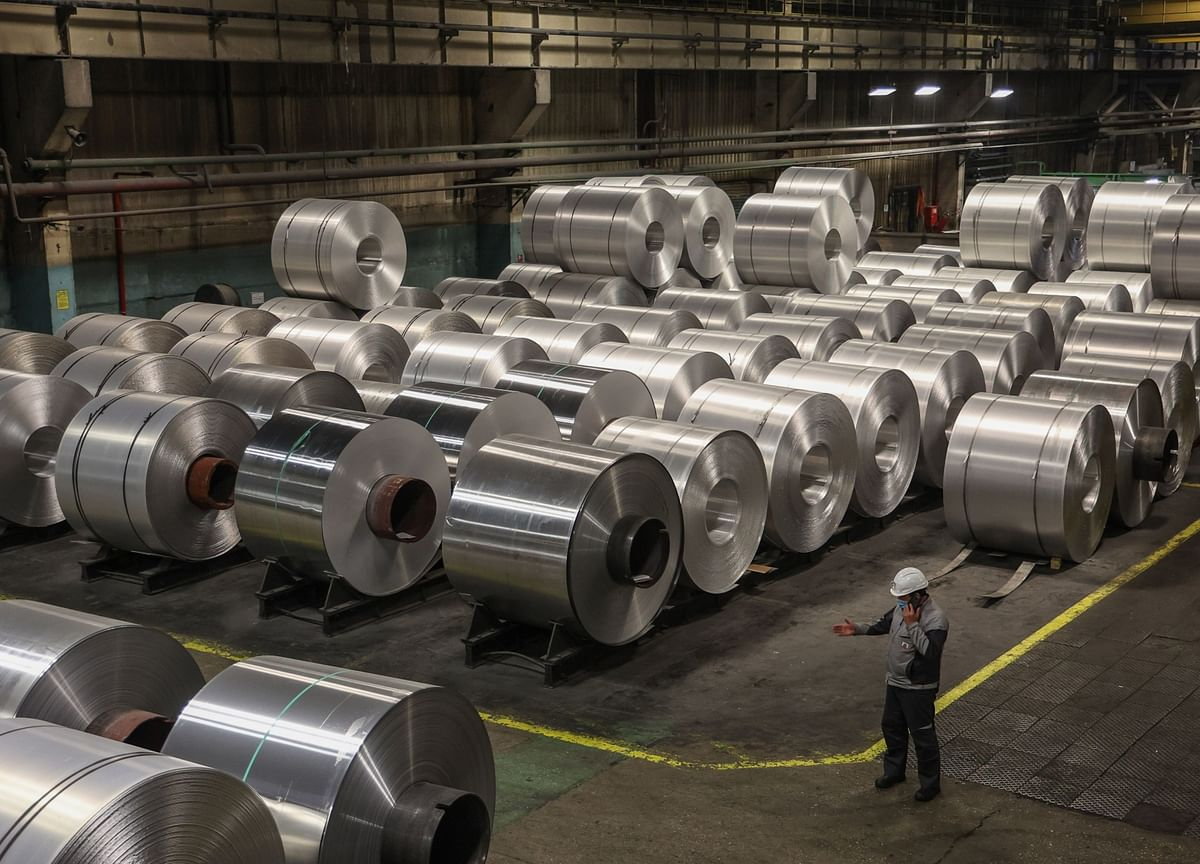 Aluminum is Outperforming Copper as China Cracks Down on Prices