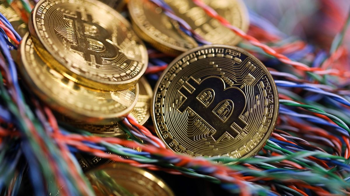 China Crypto Clampdown Sends Bitcoin Closer To Key $30,000 Level
