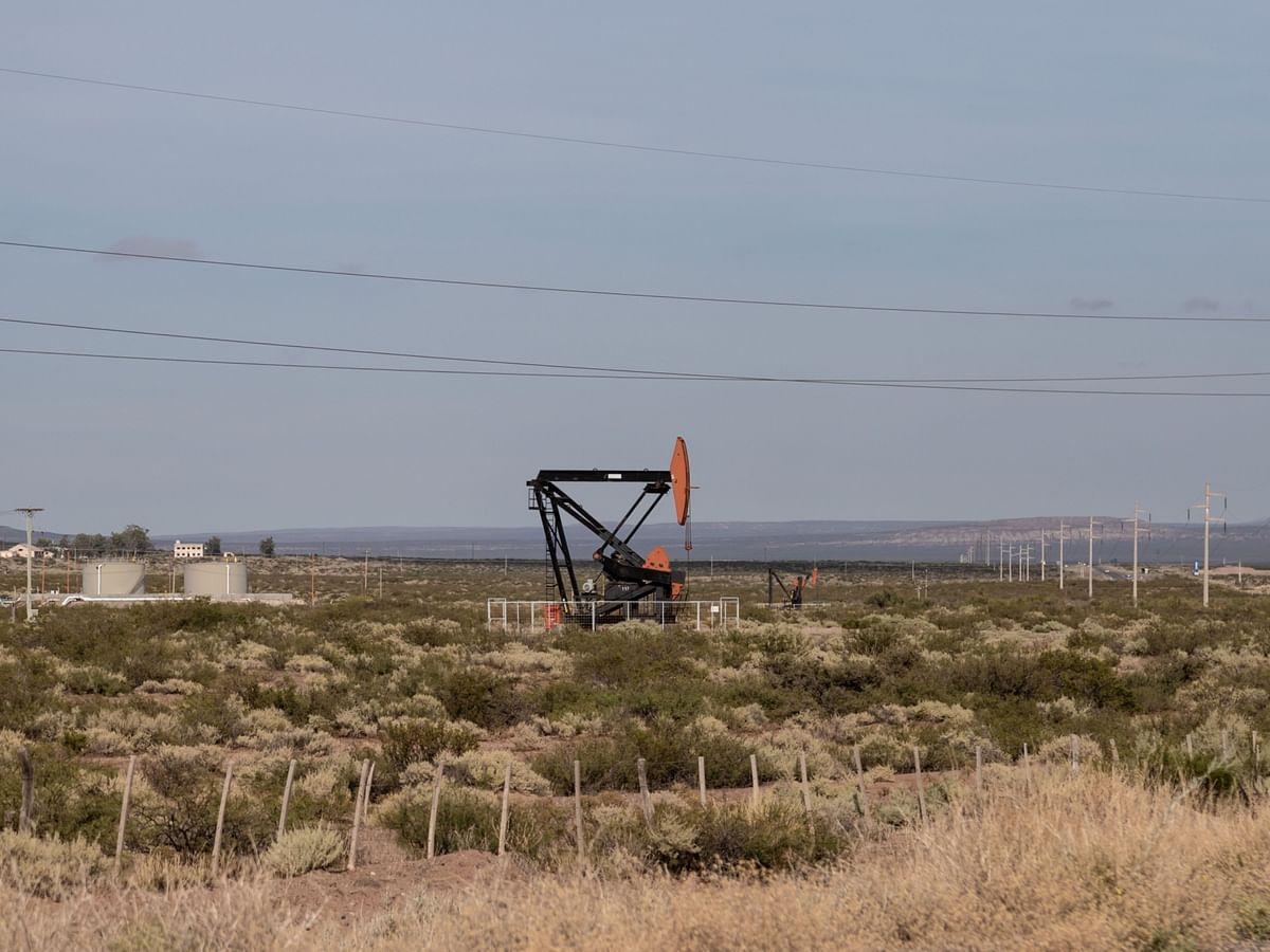 Oil Rallies to 32-Month High as Rising Demand Emboldens Bulls