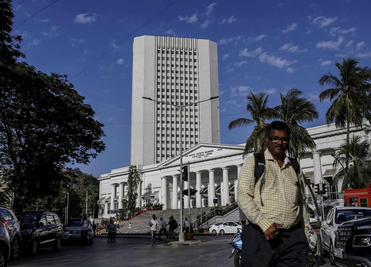 Bonds in India Signal Doubts on RBI's Easy Policy Stance