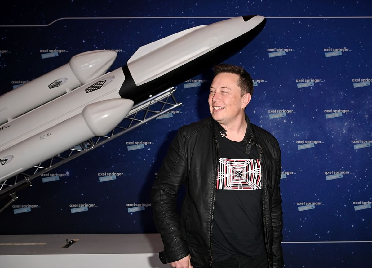 Elon Musk's Starlink to Deliver Internet Nearly Worldwide Within Weeks