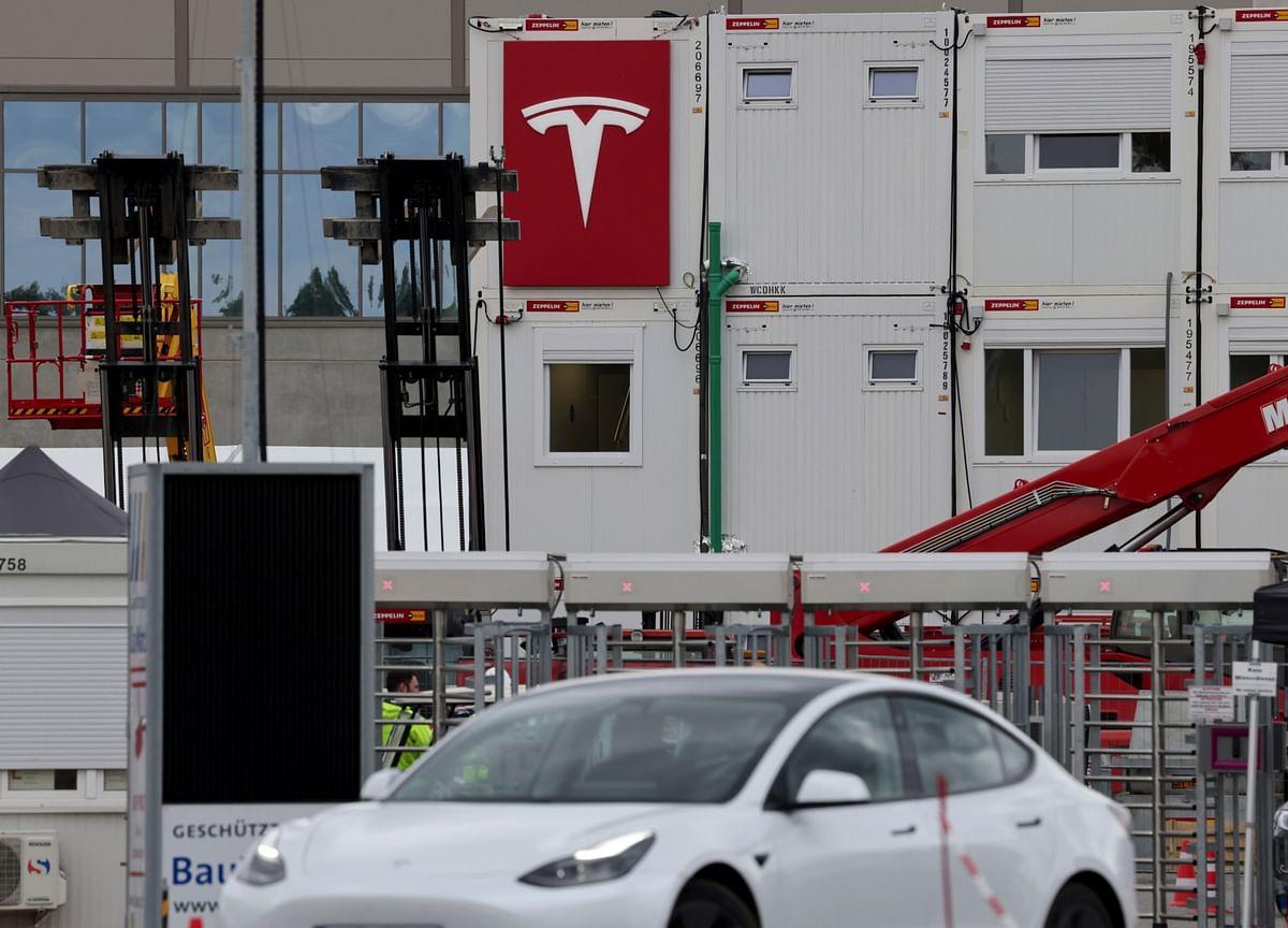 Tesla Steps Up Senior Recruitment in India Amid Push Into Nation