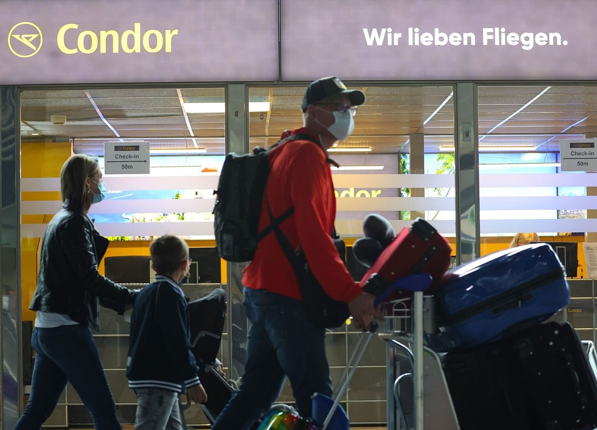 Where Can You Fly Right Now? Germans Roll Out Their Beach Towels