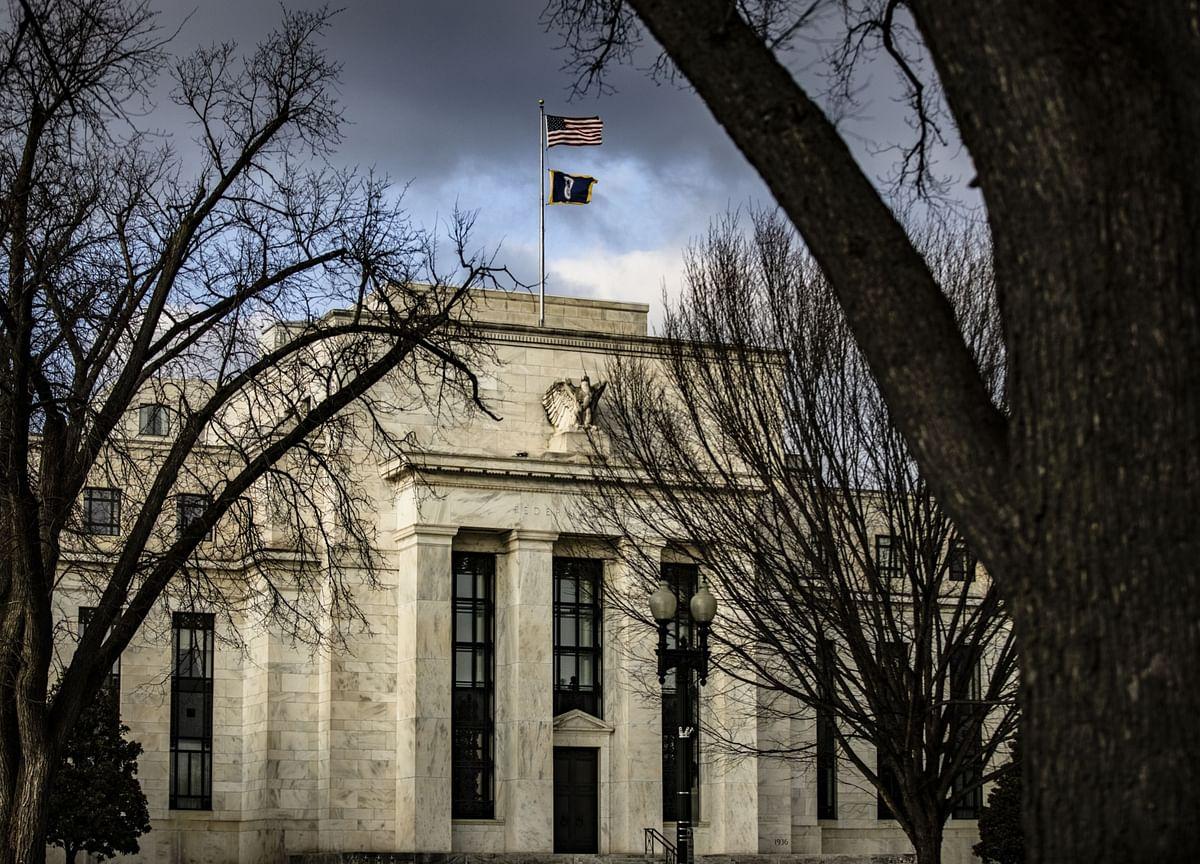 Bullet-Proof Treasury Market Eyes Fed Meeting With Trepidation
