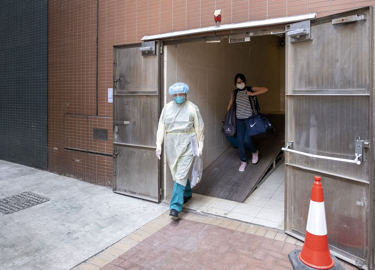 Hong Kong to Cut Quarantine Time for Vaccinated Travelers