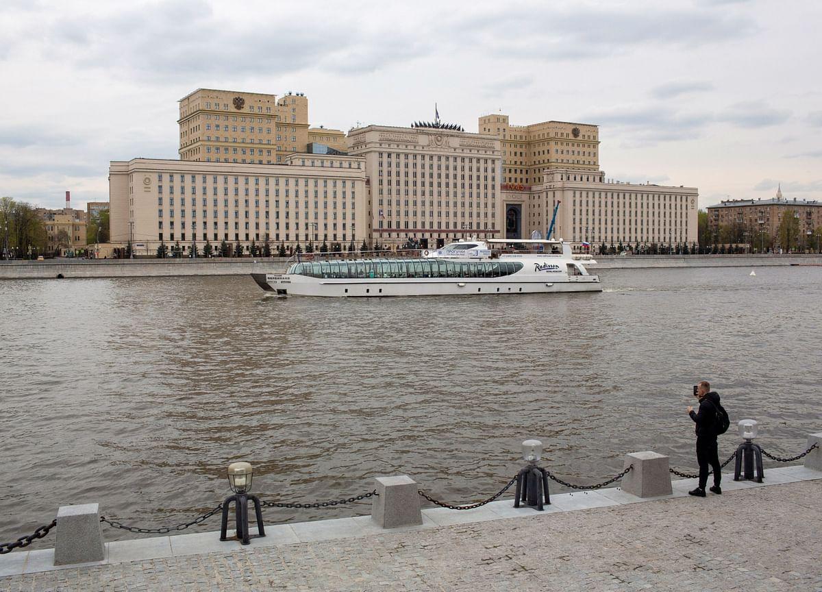U.K. Denies Russia Claim Warning Shots Fired at Warship