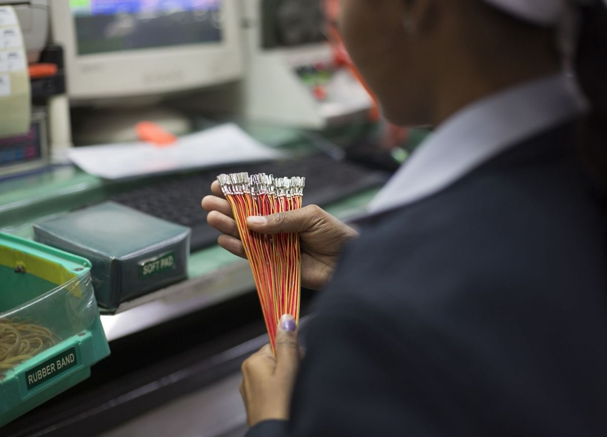 Nomura Bets On Motherson Sumi, Tata Motors, Bajaj Auto Amid Global Demand Recovery