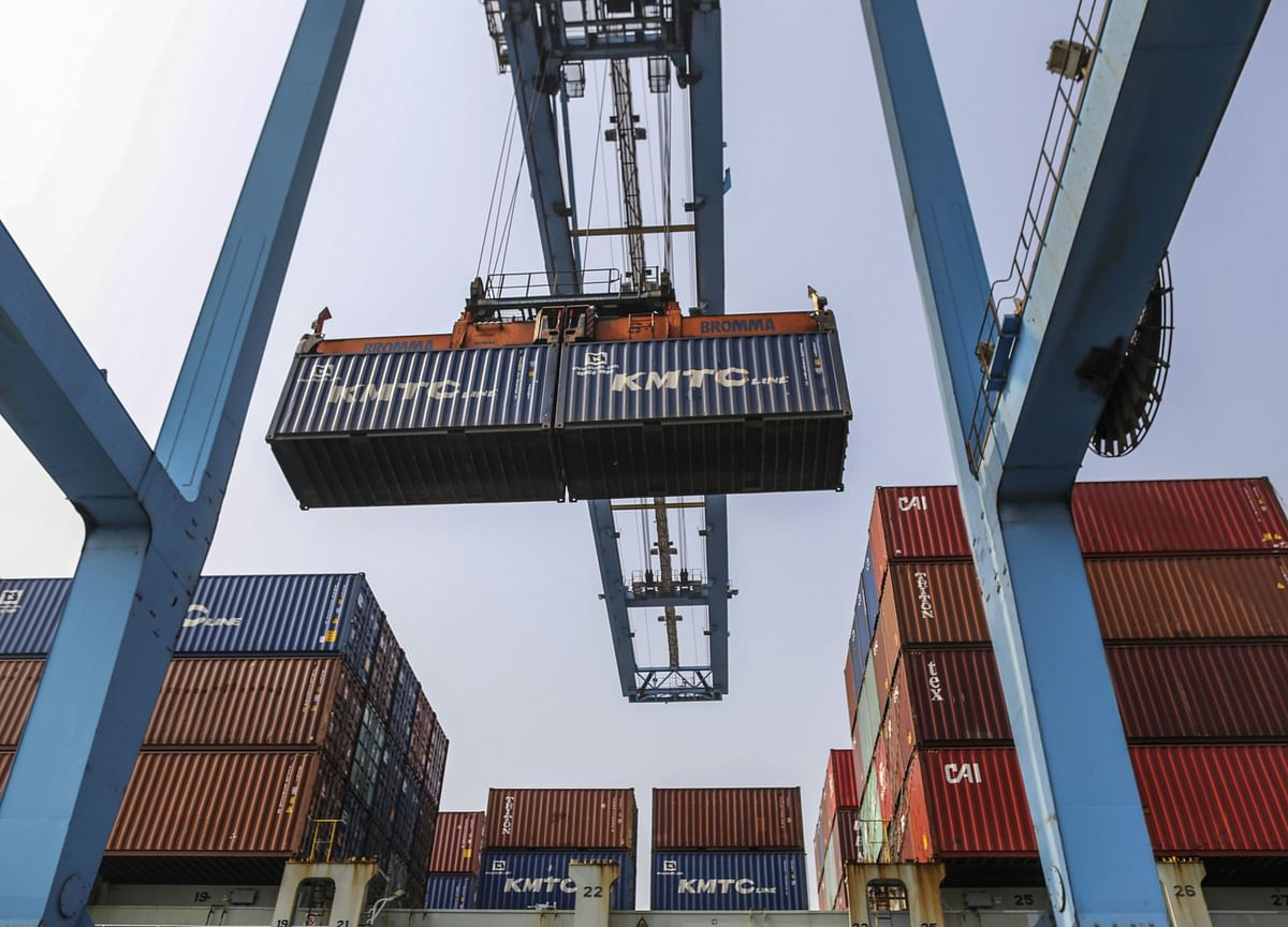 India Current Account Gap Widens More Than Estimated on Trade