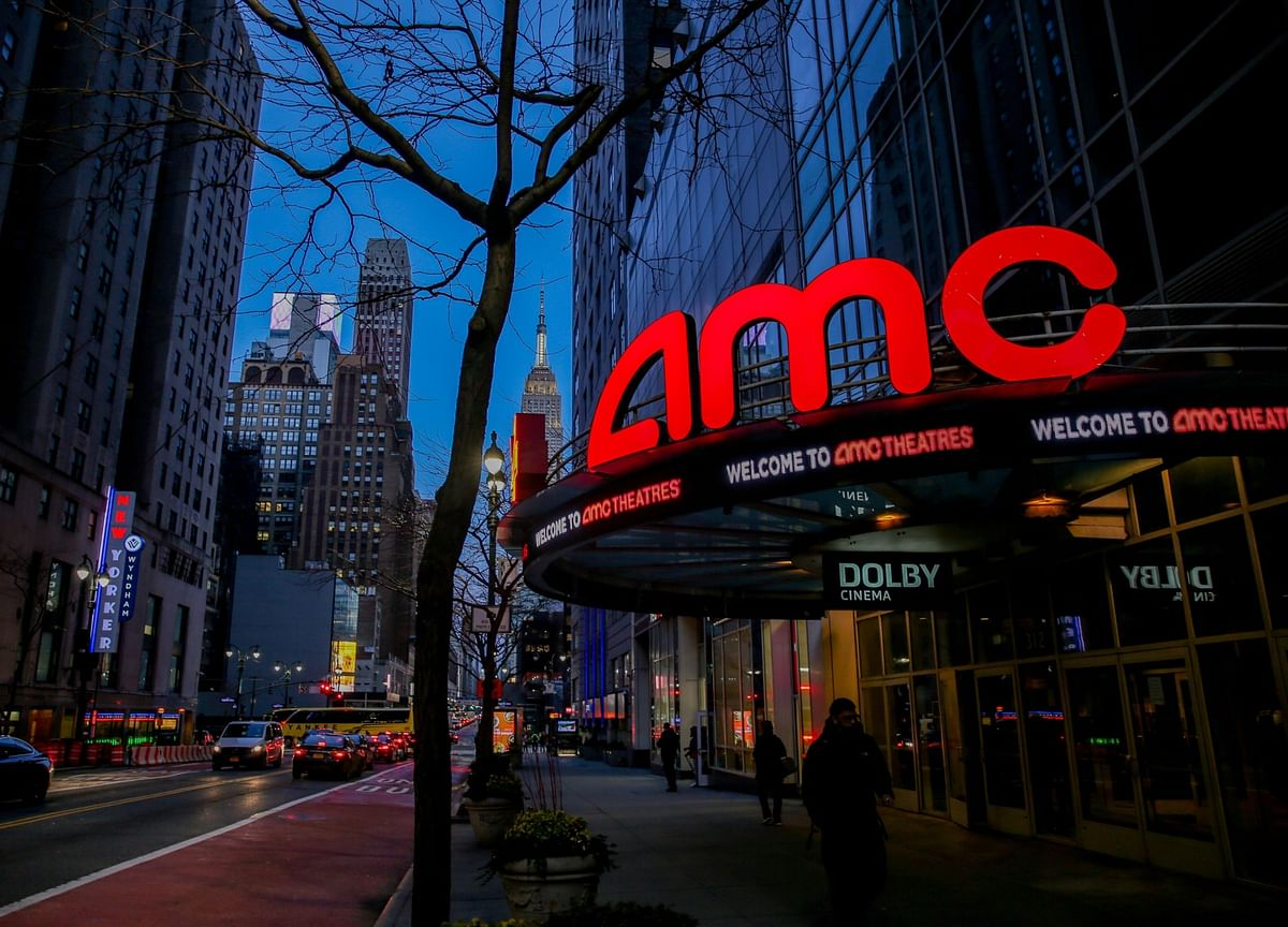AMC, Wendy's Lead Rally as Meme Stocks Rise for a Second Day