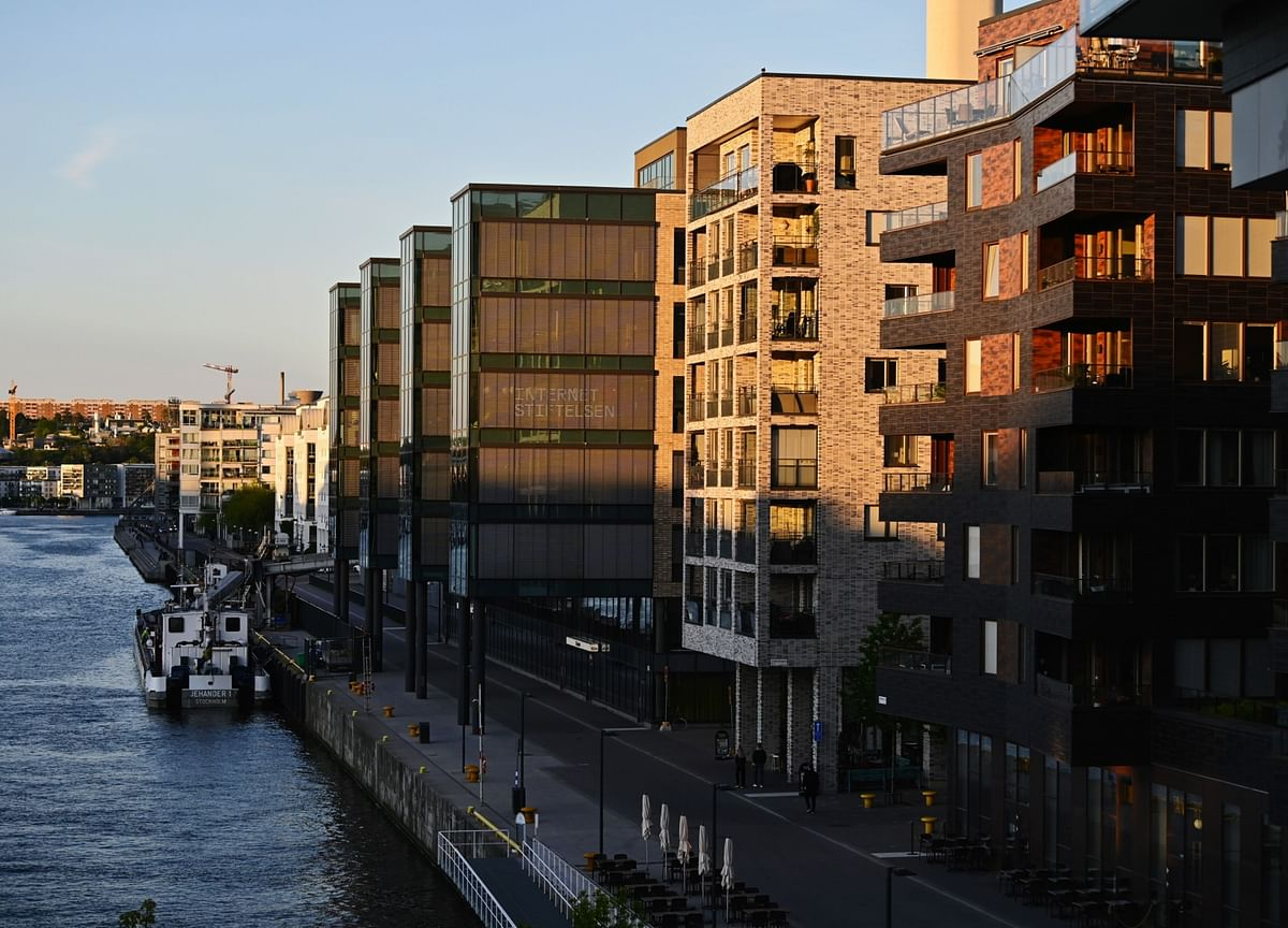 Global Boom in House Prices Becomes a Dilemma for Central Banks