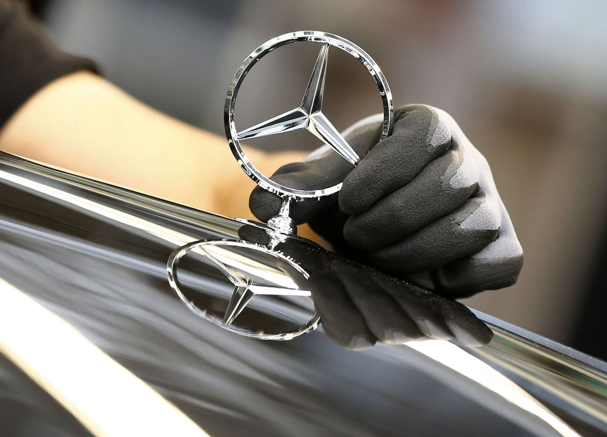 Daimler Faces German Consumer Class Action Over Diesel Engines