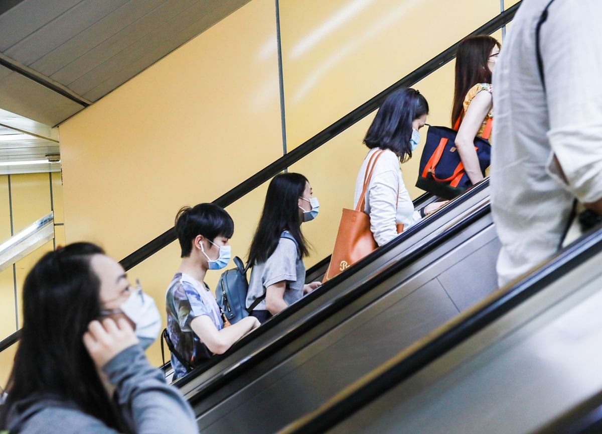 Taiwan Sees Record Jump in Jobless as Covid Batters Services