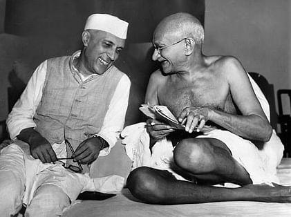 "<div class=""paragraphs""><p>Jawaharlal Nehru and MK Gandhi, in Mumbai, on July 6, 1946. (Photograph: AICC/AP)</p></div>"