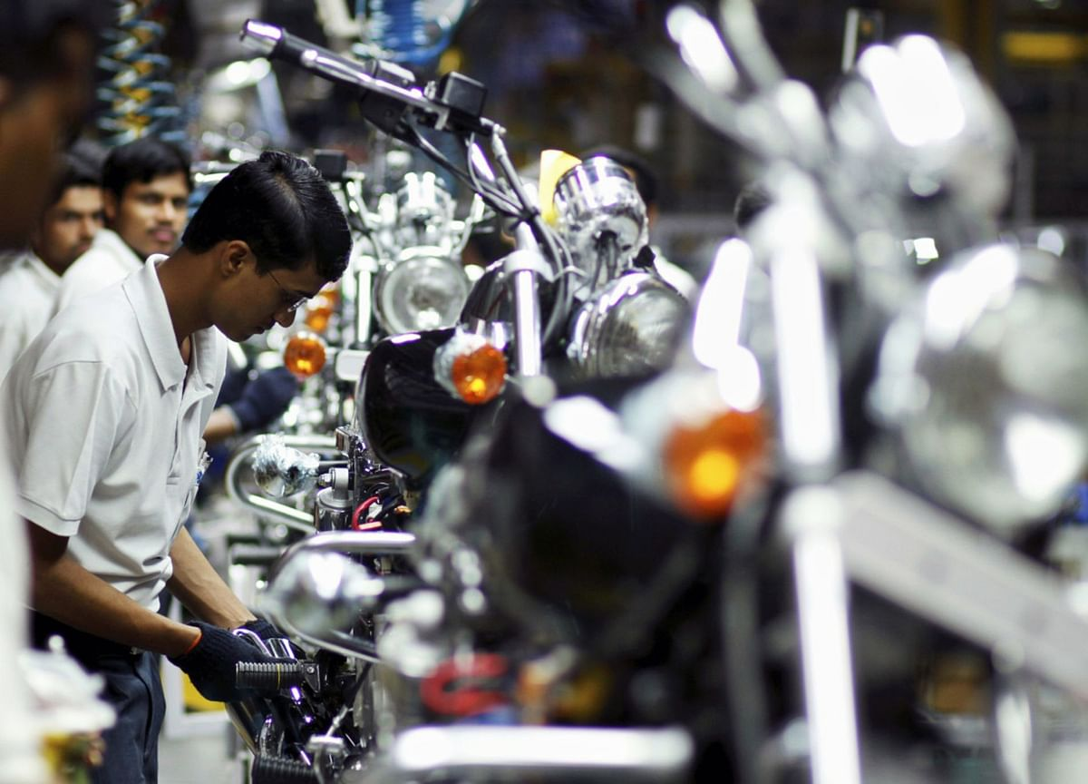 Bajaj Auto Annual Report Analysis -Product, Market Expansion Continues, Valuation Limits Upside: Dolat Capital
