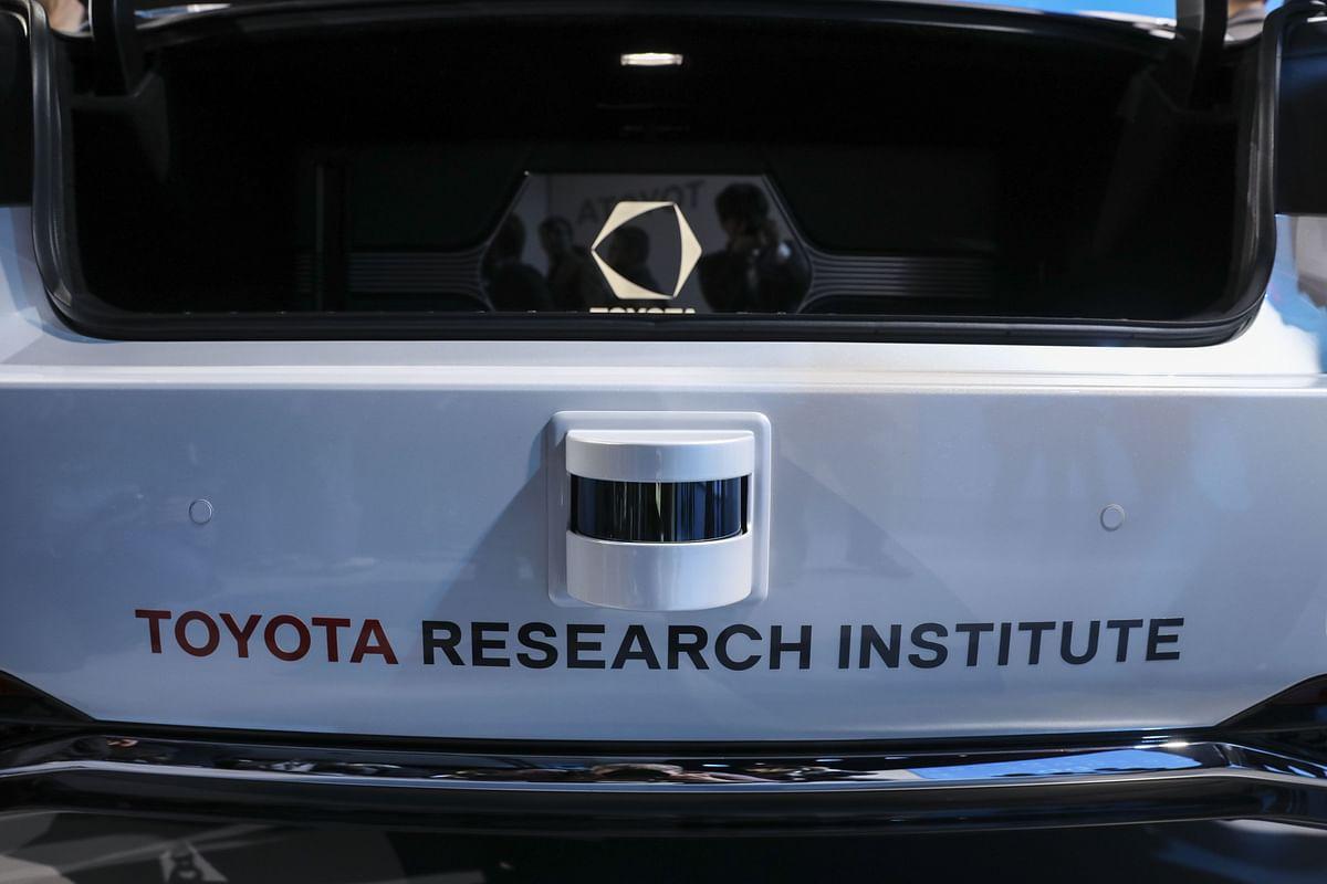 Toyota Adds Suzuki, Daihatsu to Commercial EV, Autonomous Push