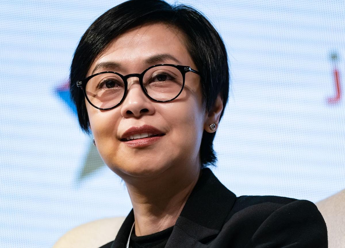 HSBC Hong Kong CEO Cesar Takes Top Job at Hang Seng Bank