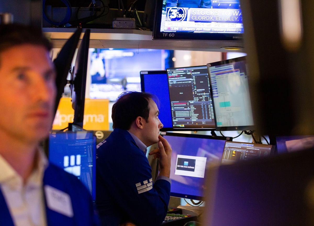 Stocks Set Another Record as Trading Range Narrows: Markets Wrap
