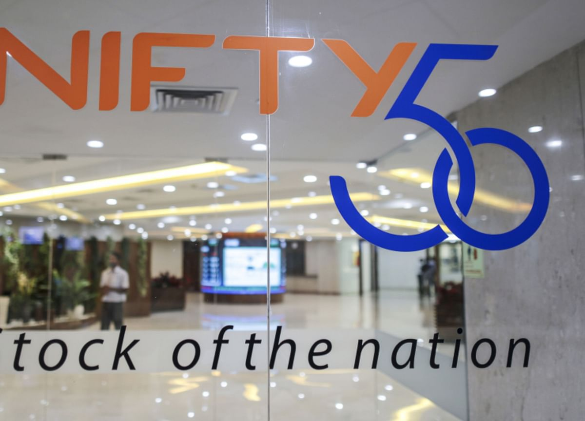 Sensex, Nifty Stretch Gains To Second Week After Record Close