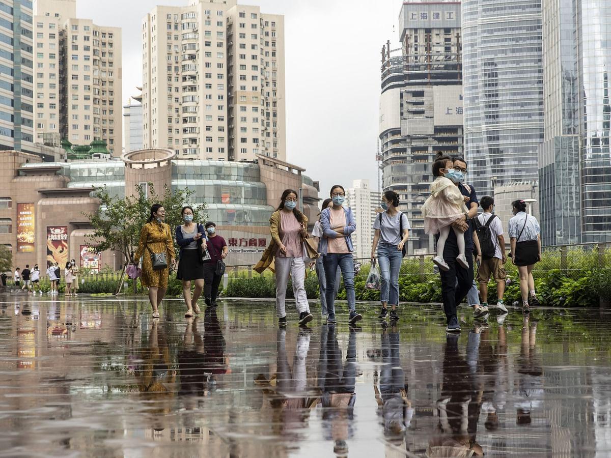 Charting The Global Economy: Retail Sales Stumble In U.K., China