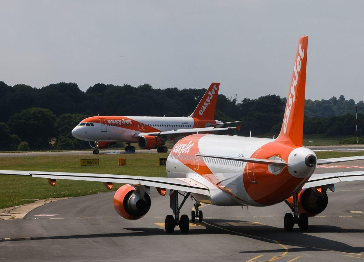 EasyJet Spurns Buyout Approach, Sets $1.65 Billion Stock Sale