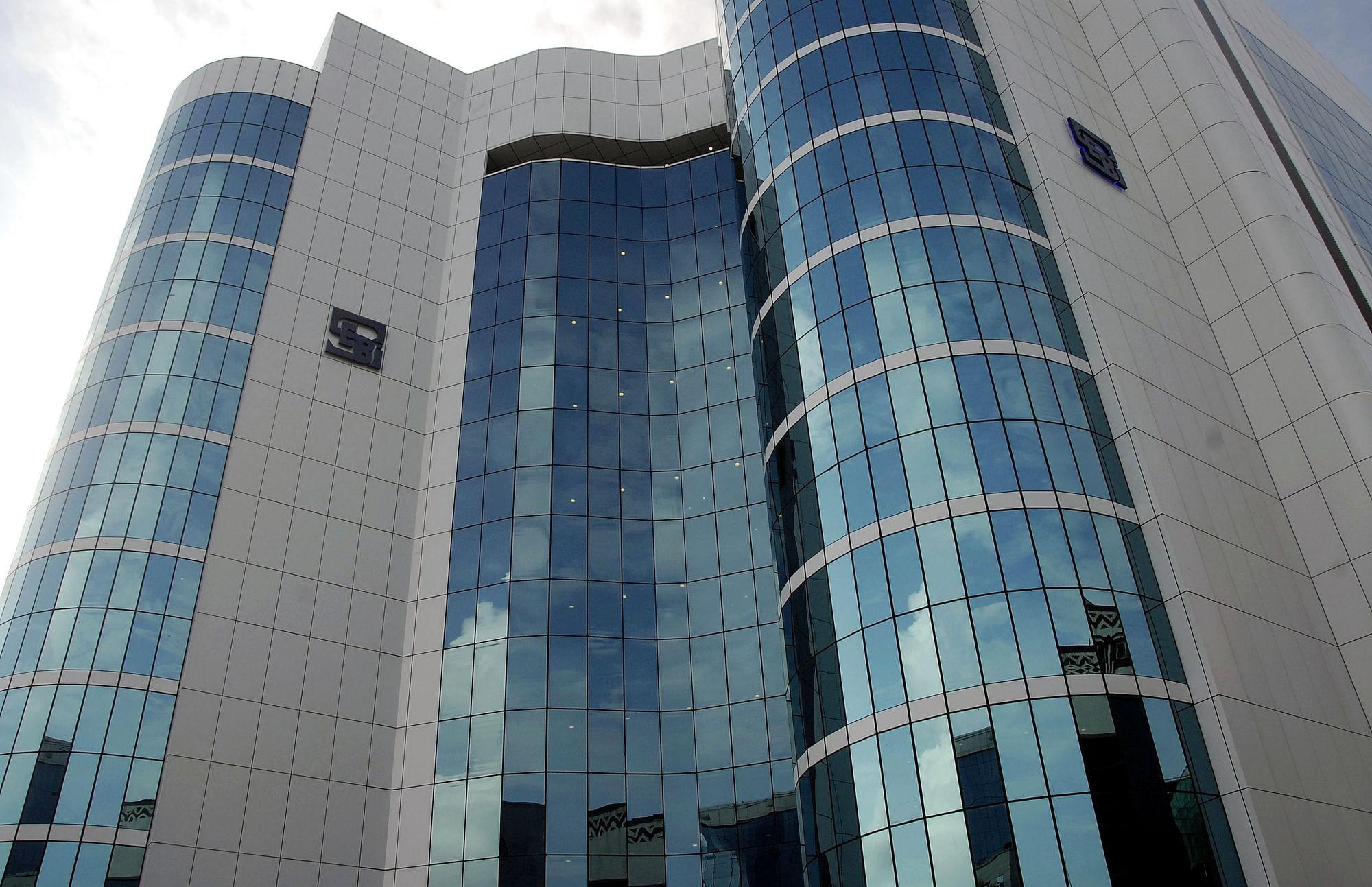 SEBI Restrains CNBC-Awaaz Television Anchor Pradeep Pandya From Dealing In  Securities - honestcolumnist