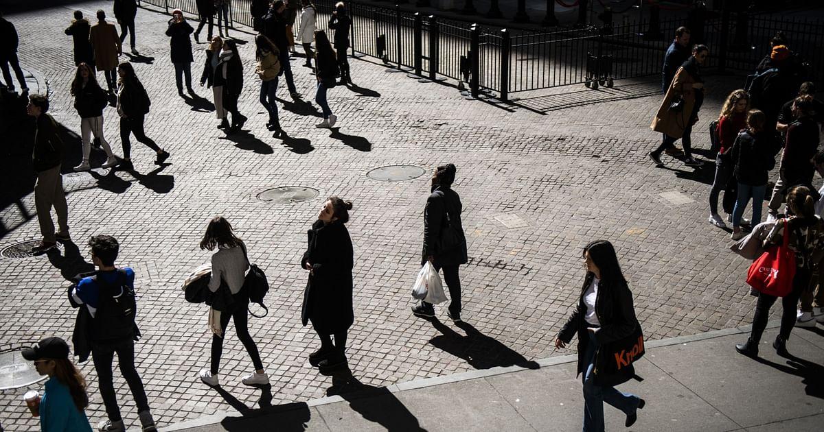 www.bloombergquint.com: 'Bulge Bracket' Brings Wall Street's Asian-American Faces to TV