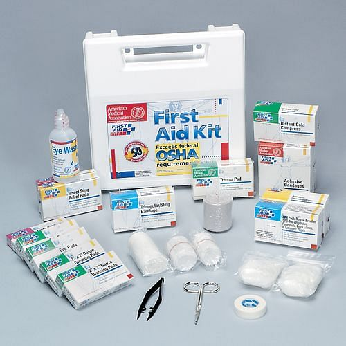Deluxe OSHA-Compliant First Aid Kit