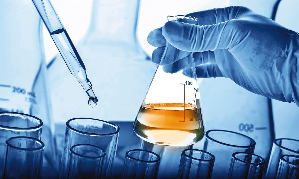 12 Tips for Maintaining Safe Distance in College Labs