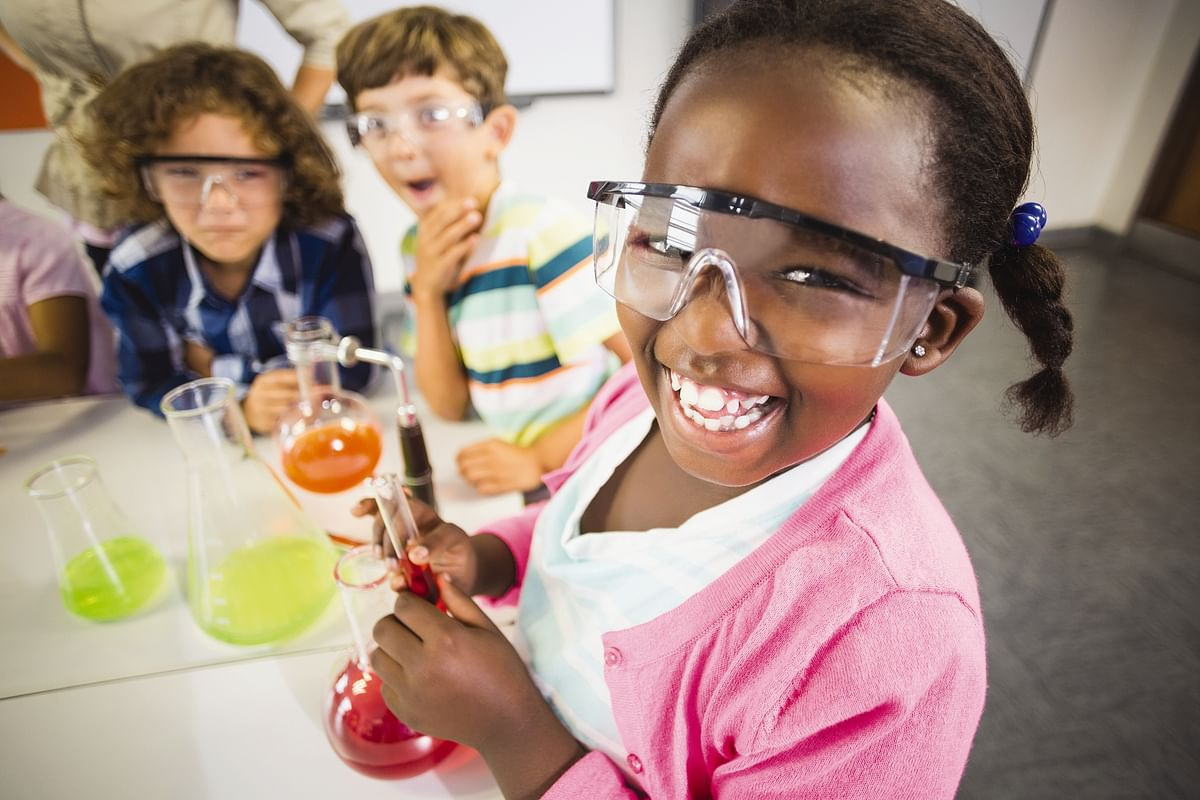 Make a Splash with Summer Science Camps