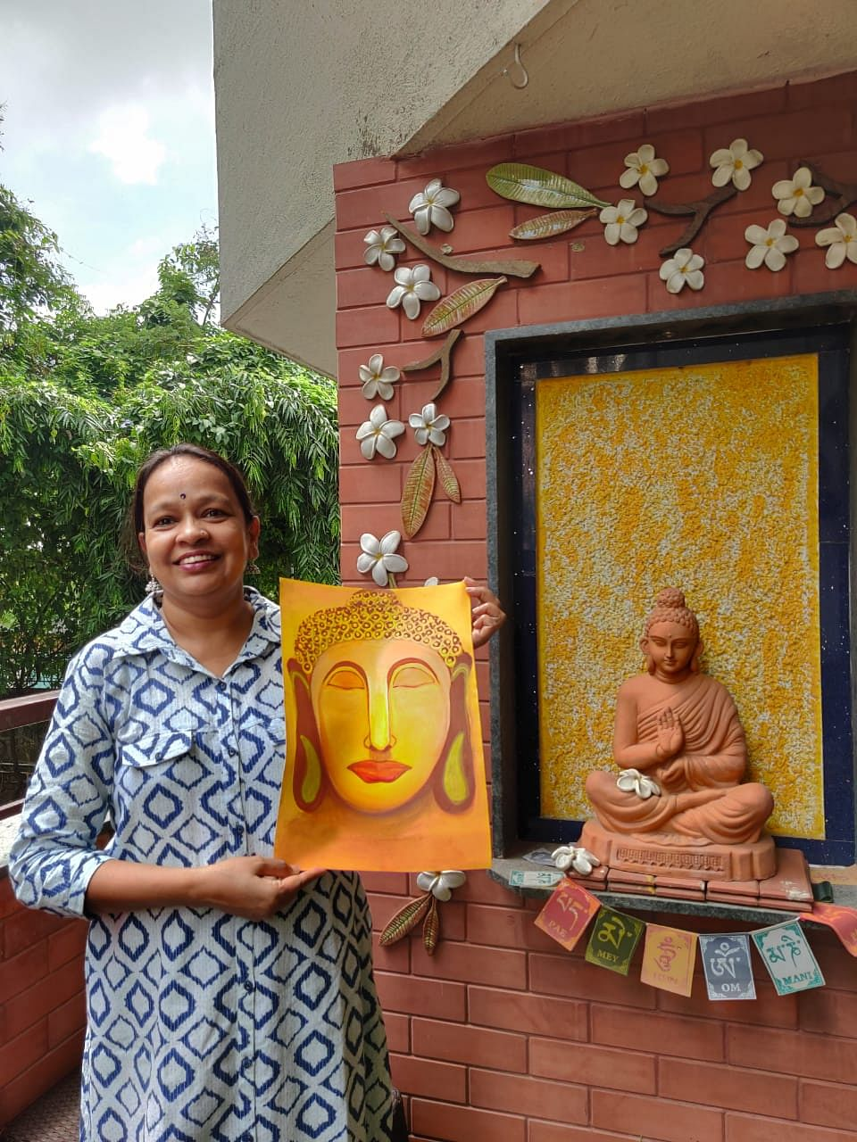 Bharathi Goidani with her art