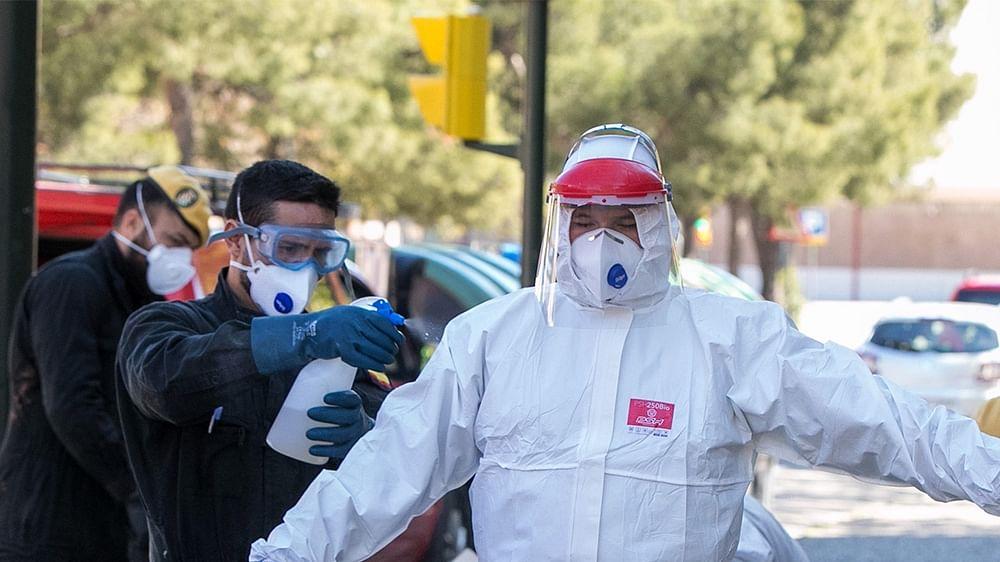 US braces for 'hardest week' in coronavirus fight: Live updates