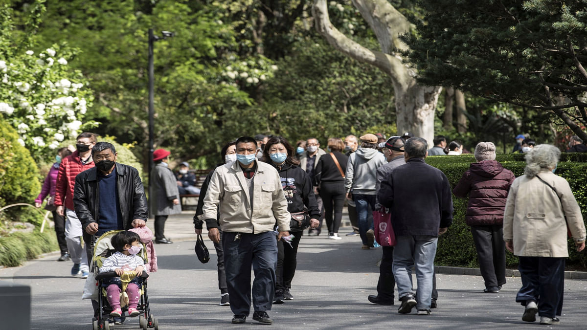 China reports 30 new coronavirus cases, including 5 locally transmitted ones