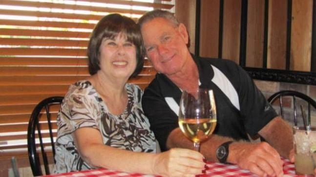 Coronavirus: Married for 51 years, elderly couple dies 6 minutes apart