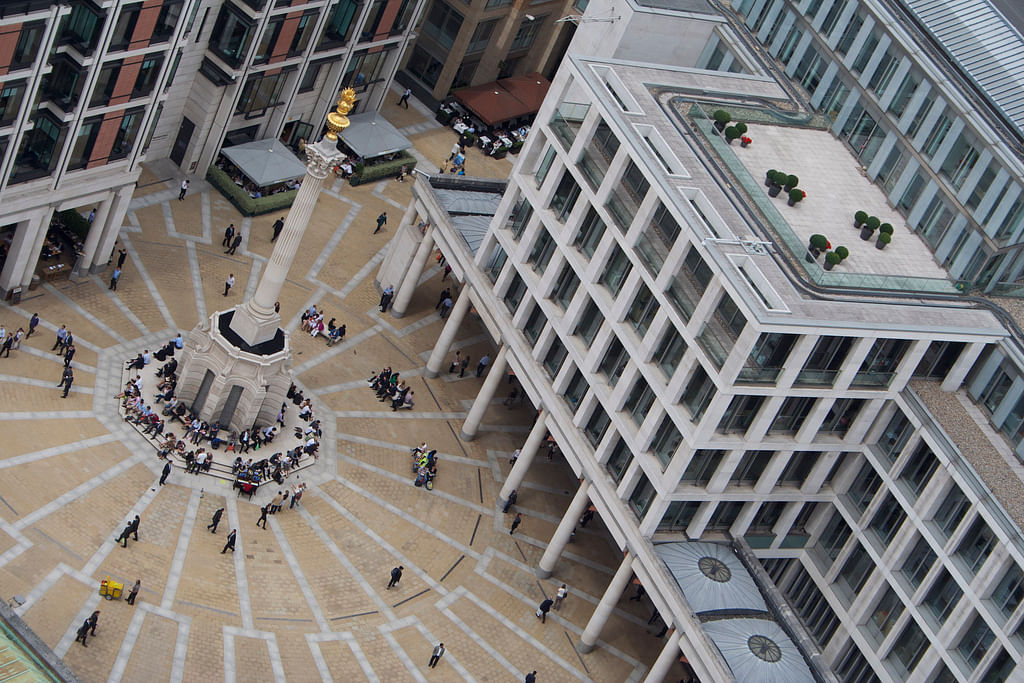 London open: Stocks rise amid signs of slowdown in coronavirus deaths