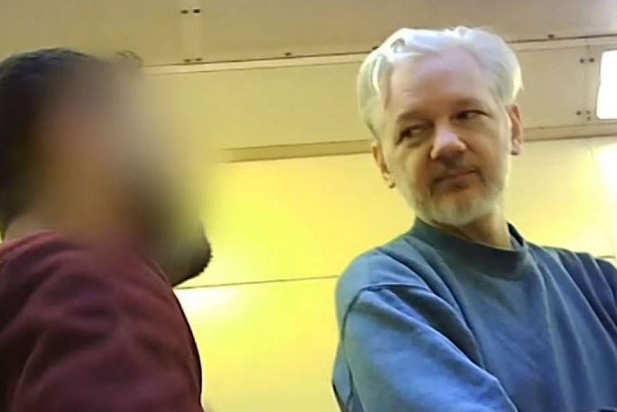 As it releases thousands of prisoners, UK government keeps Julian Assange locked-up in danger