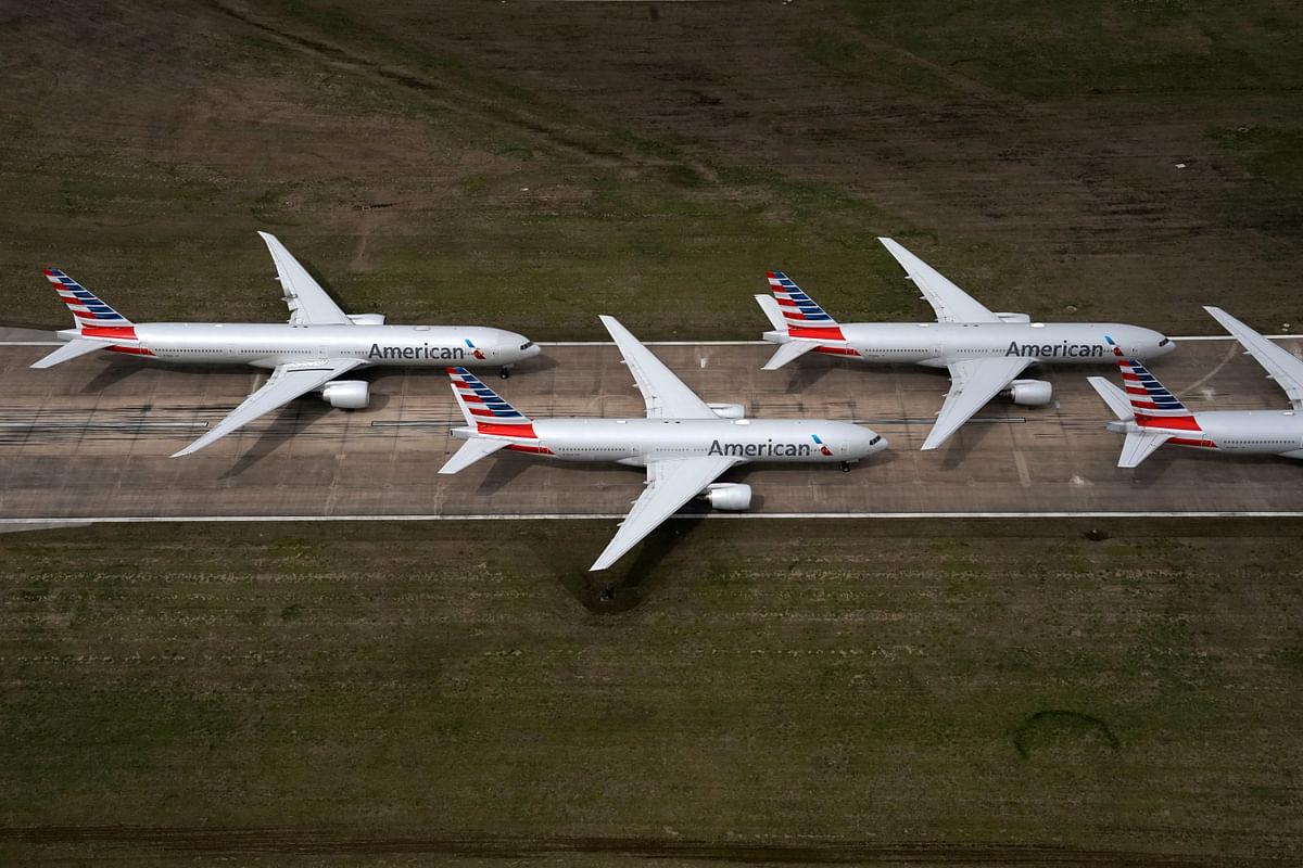 Democratic lawmakers urge Mnuchin against 'unreasonable conditions' on airline coronavirus aid