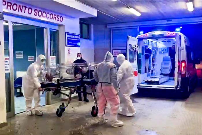 Coronavirus: 6 decessi, +243 nuovi casi