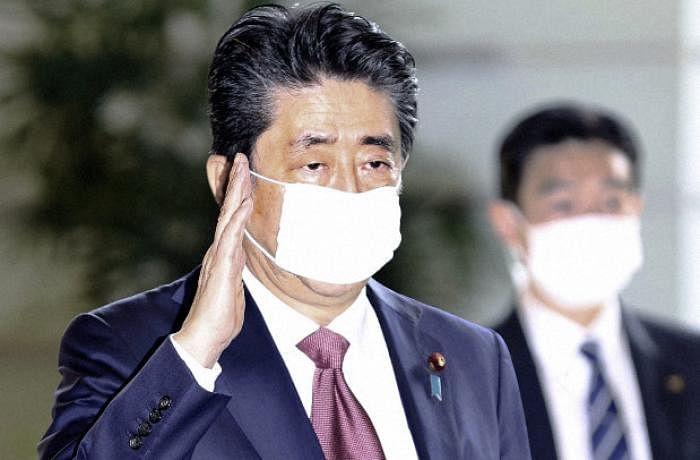 Coronavirus: Japan mulls state of emergency. 460 thousand businesses close in China