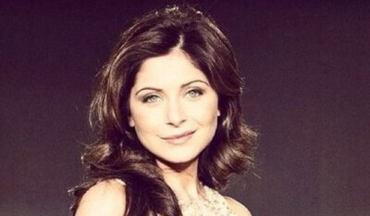 Kanika Kapoor discharged from hospital after testing negative for coronavirus