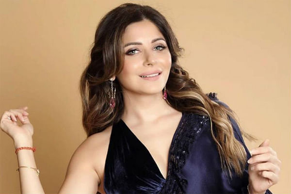 Singer Kanika Kapoor discharged from hospital